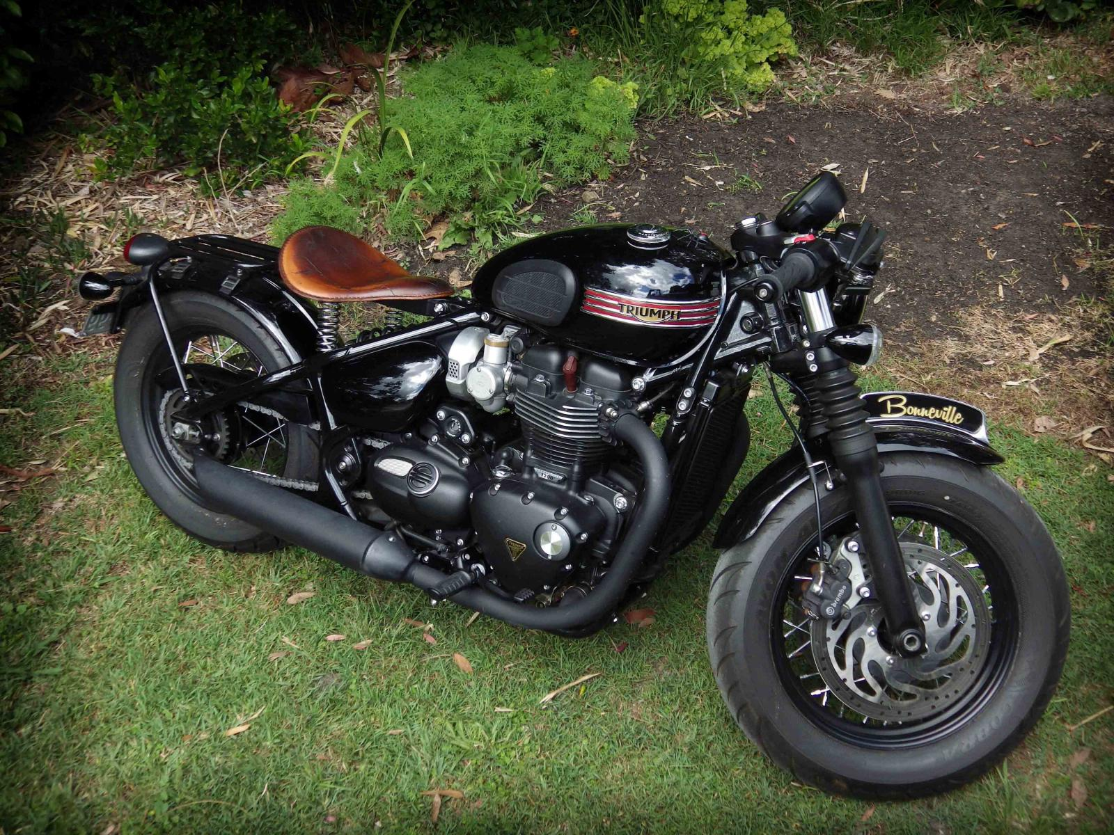 Changing The Seat Triumph Bobber Forum